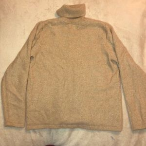 Size  Small Charter Club 100% cashmere sweater